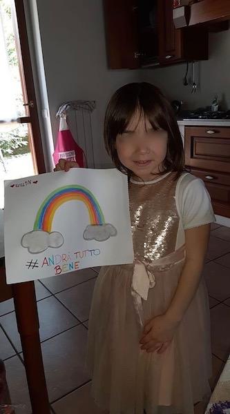 Andrà-tutto-bene-bambini-Dervio-Evelyn-5-anni