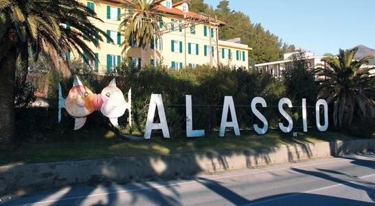 Perledo. Anziani in vacanza in Liguria grazie al bonus del Comune ...