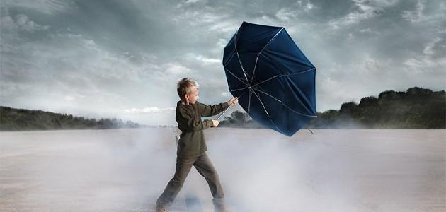 Risultati immagini per immagine di vento forte