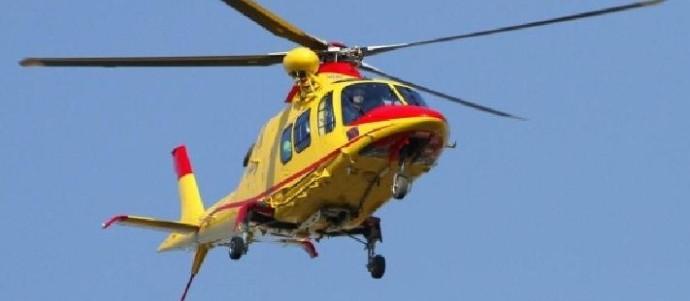 Elicottero Lecco : Colico manca una presa elicottero a olgiasca per